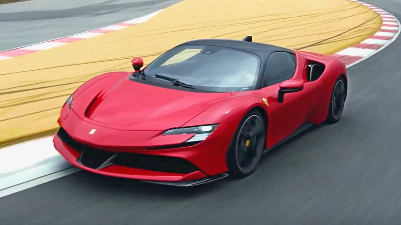 Ferrari SF90 Stradale Unveiled: A Hyper Hybrid With 986 Horsepower