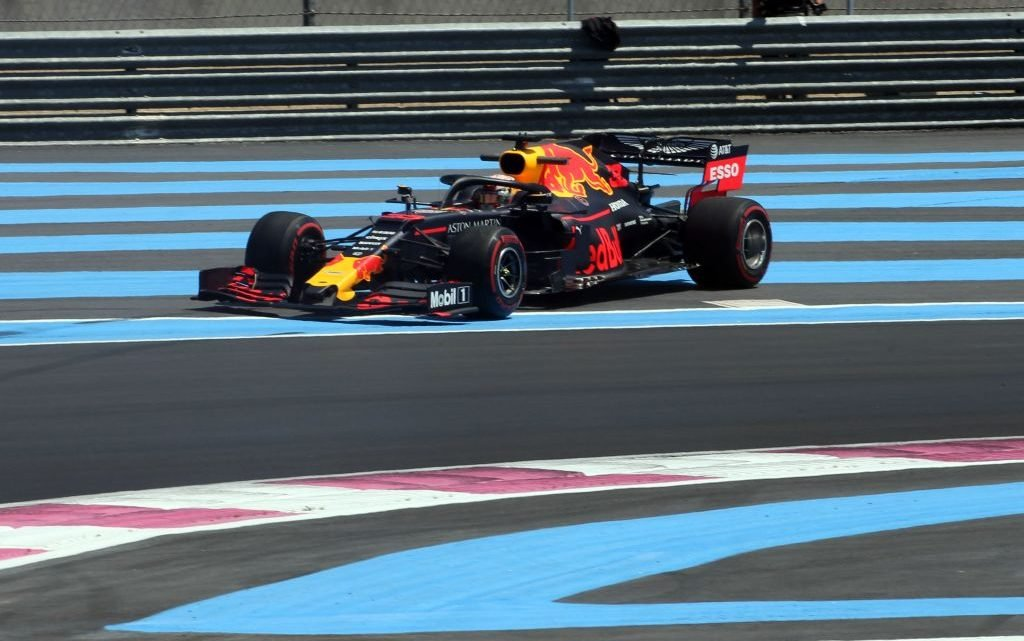 Red Bull problems heightened by front-wing rules