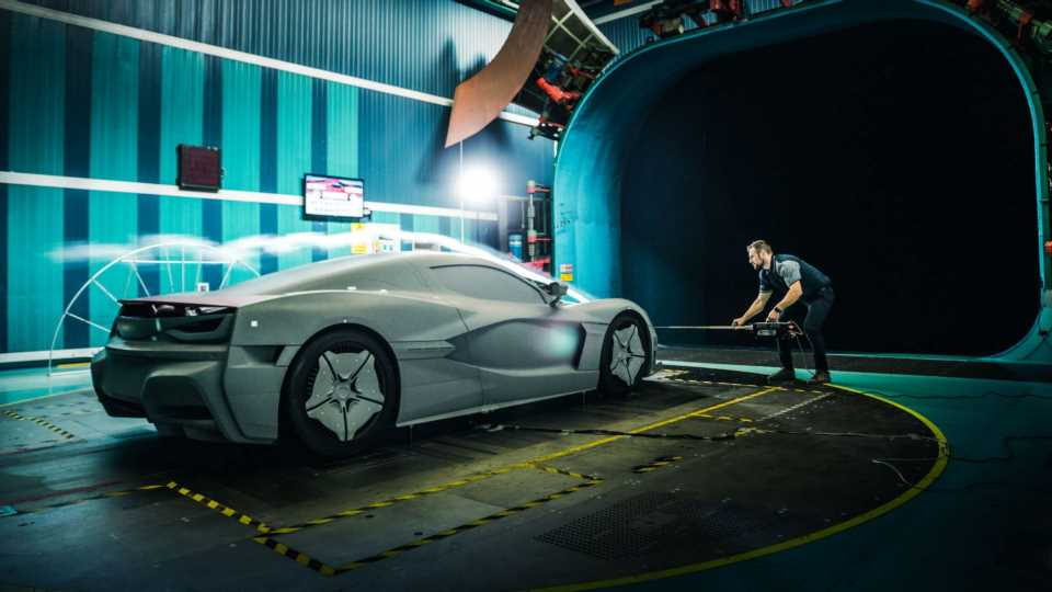 Watch This Hypnotic Wind Tunnel Test of the 1,888-HP Rimac C_Two Electric Hypercar
