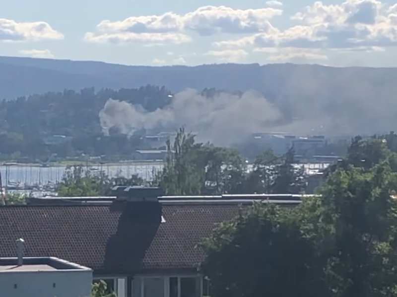 Hydrogen fuel station explodes in Norway; Toyota and Hyundai pause fuel cell vehicle sales