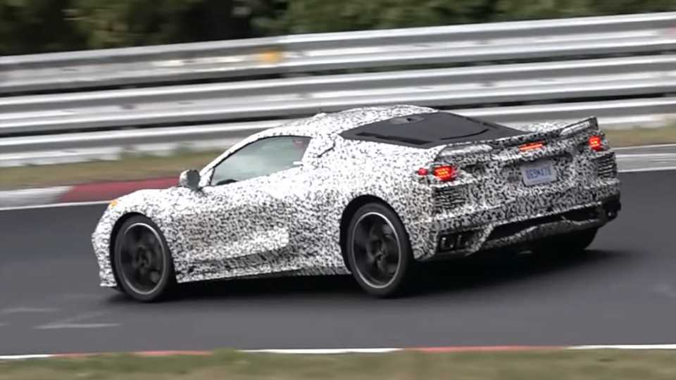Mid-Engined C8 Chevrolet Corvette Delayed 6 Months Over Electrical Issue: Report