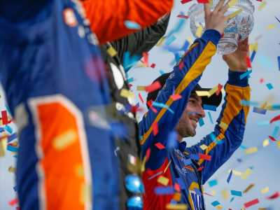 Alexander Rossi extends IndyCar stay with Andretti Autosport, Honda