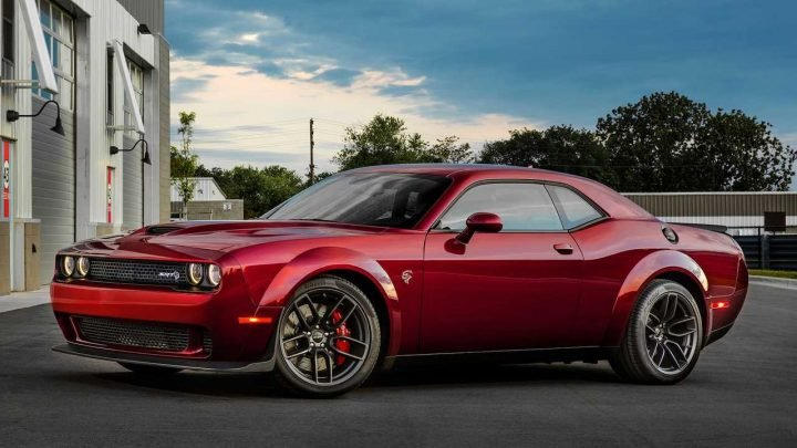 Ancient Dodge Challenger Has The Youngest Muscle Car Buyers