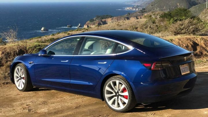 Does Tesla Model 3 Have An Unbranded Bang & Olufsen Sound System?
