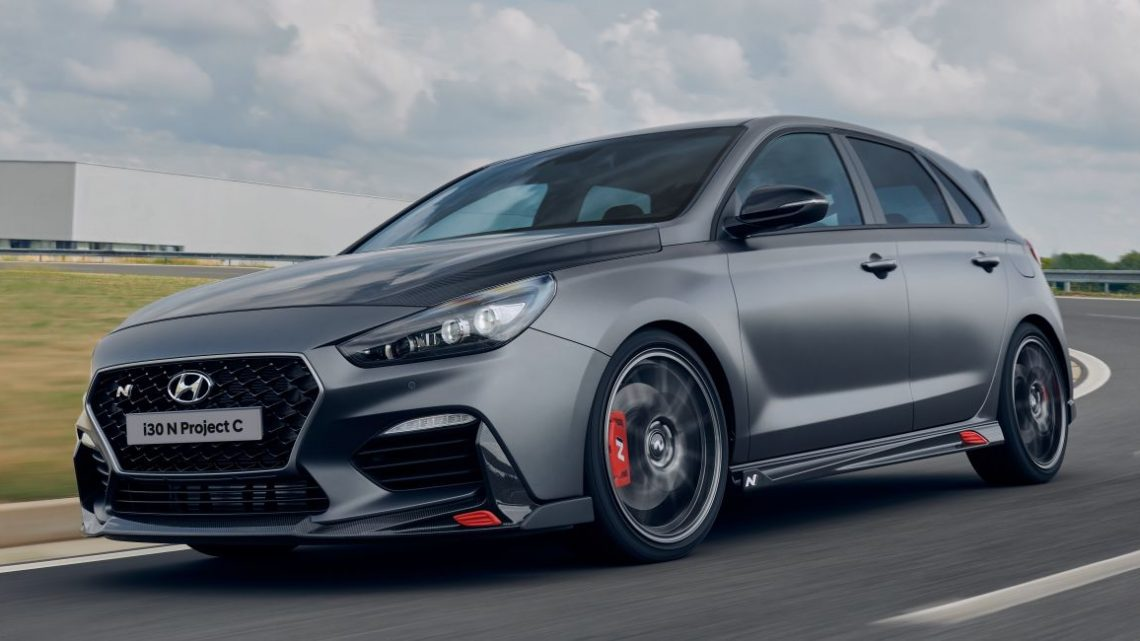Hyundai i30 N Project C – hardcore LE dripping in CF