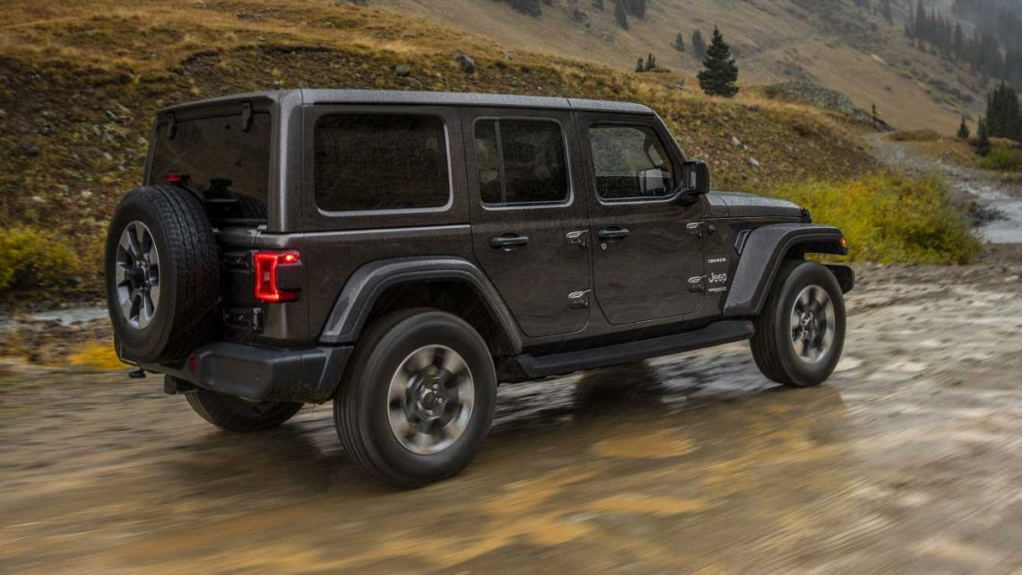 The 2020 Jeep Wrangler Is Getting a Torquey Diesel V-6