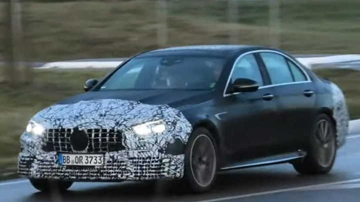 2021 Mercedes_AMG E63 Caught Testing With New Design Elements