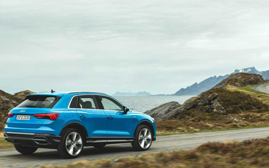 How Do Car Seats Fit in a 2020 Audi Q3?