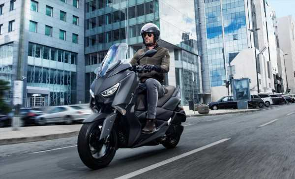 2020 Yamaha X-Max for Malaysia in new colours, pricing remains unchanged at RM21,500 excl. road tax