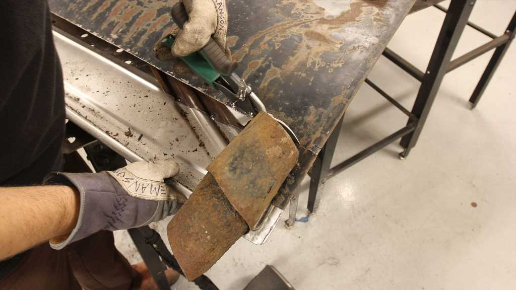 Lower Door Patch Panel Fabrication for a 1940 Ford Coupe – Hot Rod