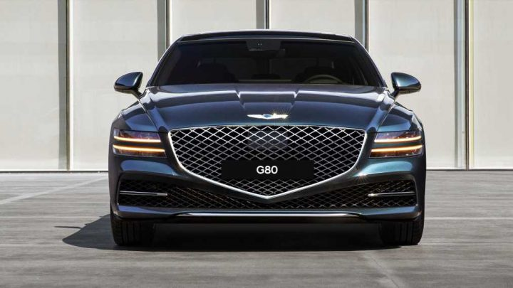 The 2021 Genesis G80 Is a Stunning 5-Series Fighter