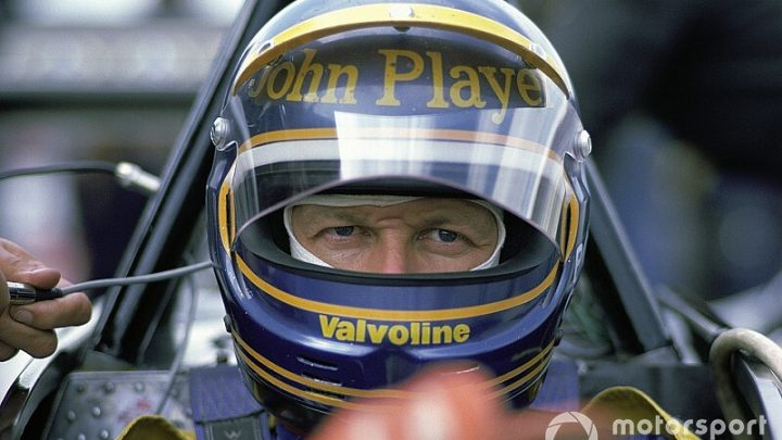 Ronnie Peterson's grave in Sweden vandalised