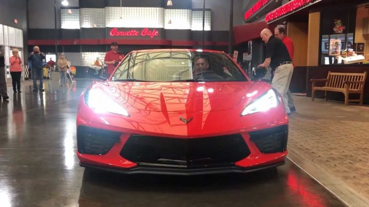 Here's the First C8 Chevy Corvette R8C Delivery at the National Corvette Museum