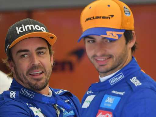 Alonso 'can help a lot' with Sainz's Ferrari transition