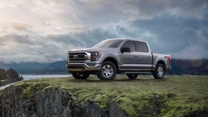The 2021 Ford F-150 Has Hybrid Power, an Onboard Generator, and Tons of Tech