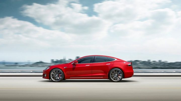 The Tesla Model S Can Now Go Over 400 Miles on a Charge