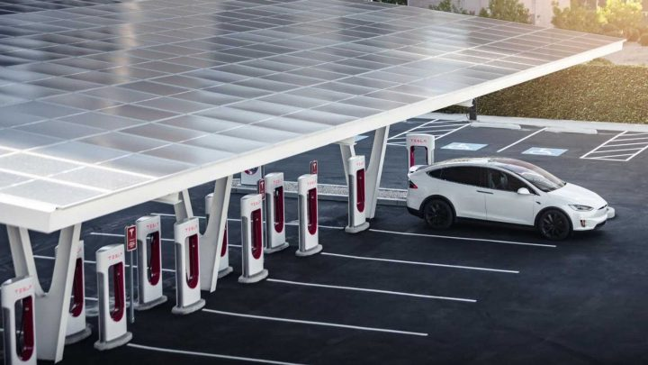 Tesla Supercharger Station In Vegas Is Perfect Spot To Park Your Gas Car
