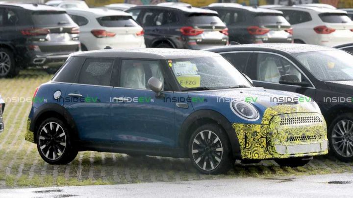 This Camouflaged Five-Door MINI Prototype Might Be A Plug-In Hybrid