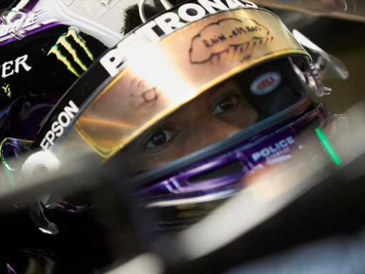 Qualy: Lewis Hamilton storms to very wet pole for Styrian GP