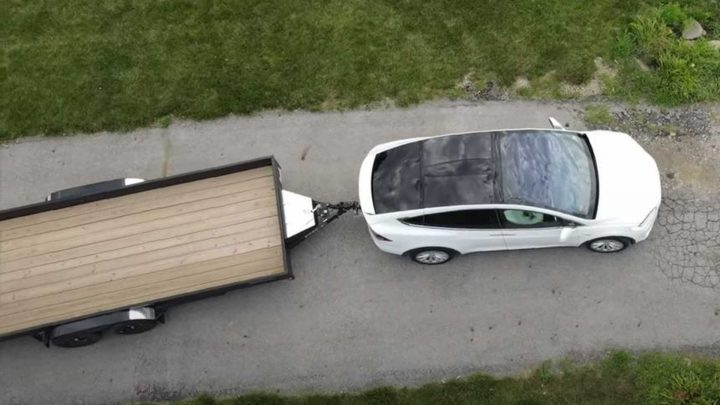 Tesla Model X Flatbed Trailer Towing: How Does It Compare To A Camper?