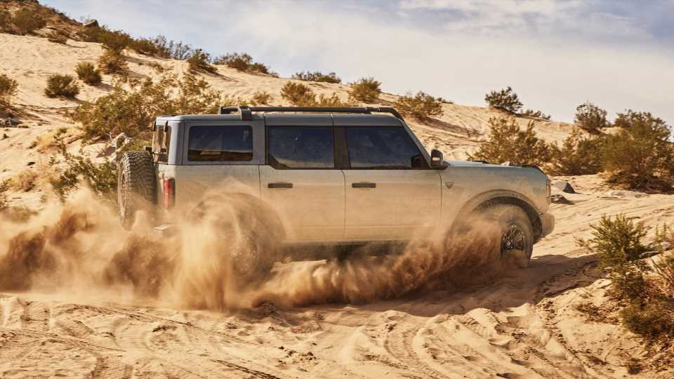 Ford Still Won't Offer a Manual With the Bronco's Sasquatch Package