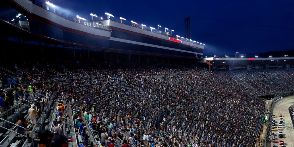 NASCAR Playoff Race at Bristol Sells Out, May Have Largest US Attendance Since Covid-19