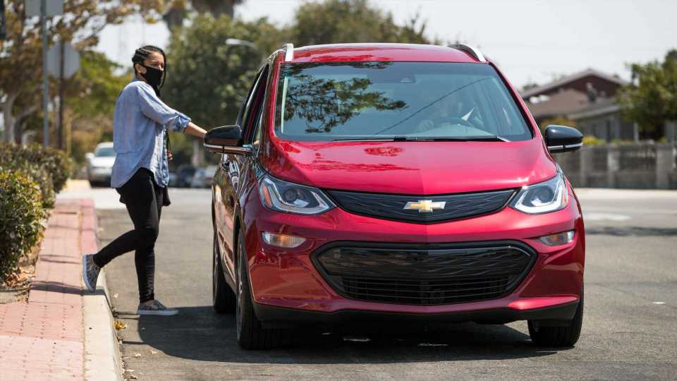 Uber Teams With GM To Get Access To More Affordable EVs