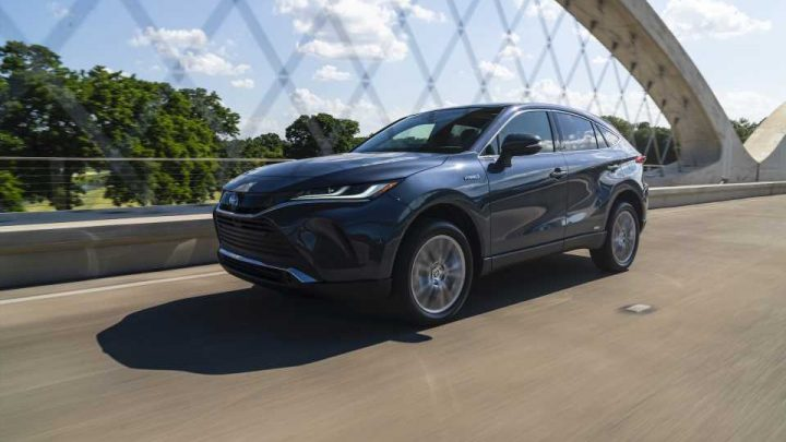 2021 Toyota Venza, RAV4 Prime earn Top Safety Pick awards