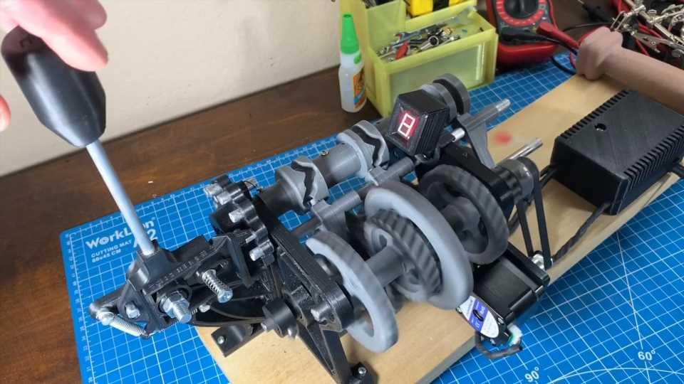 This 3D-Printed Sequential Gearbox Shows You Exactly How It Changes Gears