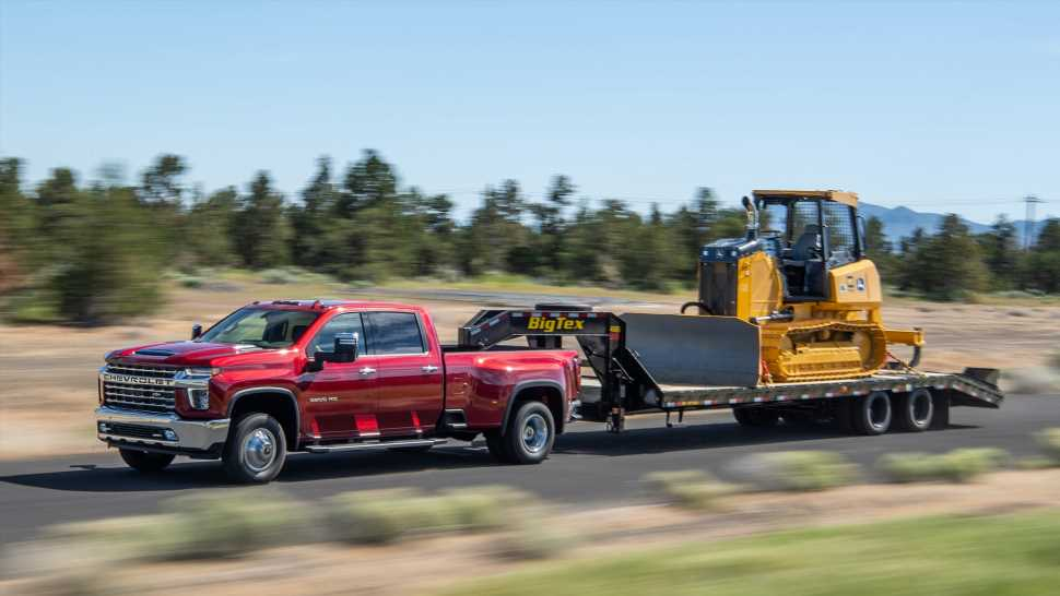 2021 Chevy Silverado 3500 HD Posts Huge Max Towing Capacity of 36,000 Pounds