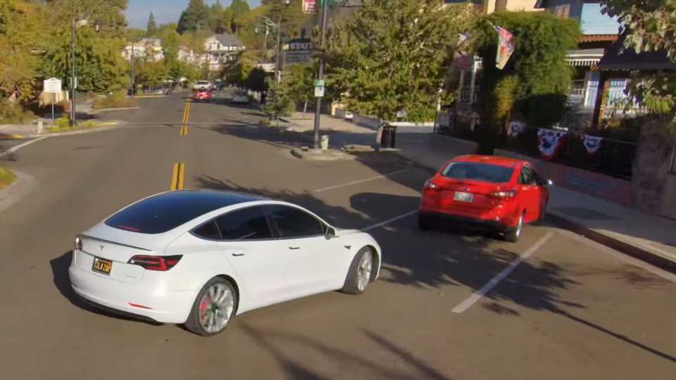 Tesla's 'Full Self Driving' Beta Tech Nearly Wrecked This Model 3 Into a Parked Car