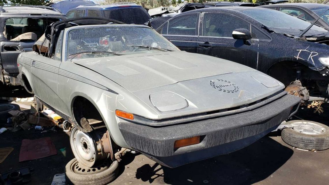 1980 Triumph TR7 Convertible Is Junkyard Treasure