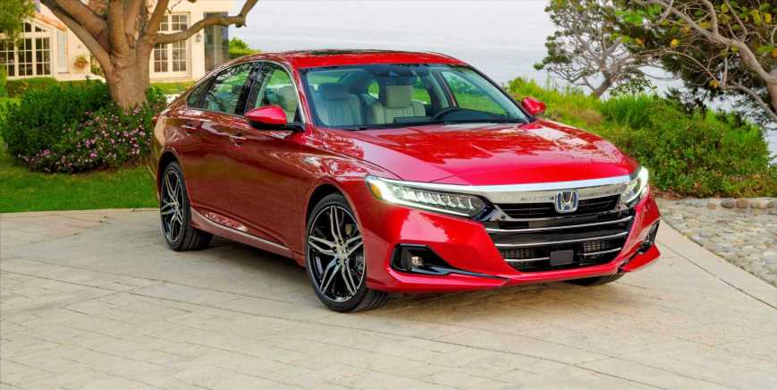 The Updated 2021 Honda Accord Hybrid Refines Its Transmission-Free Powertrain