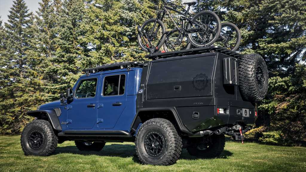 Jeep Gladiator Top Dog Concept Serves Up Hot Dogs, Adventure