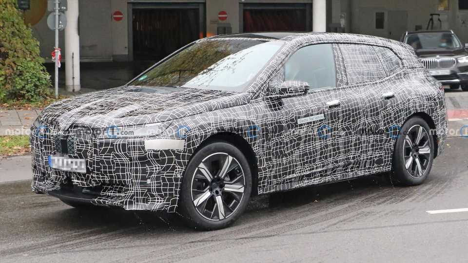 BMW iNext All-Electric SUV Spied Before Its Wednesday Debut
