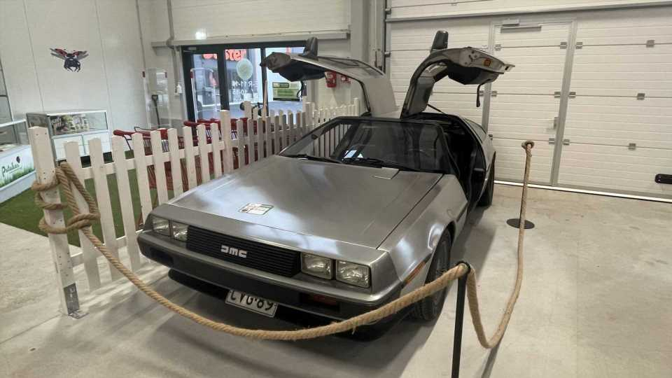 A DMC DeLorean In An Estonian Thrift Shop Is The Mother Of Flea Finds