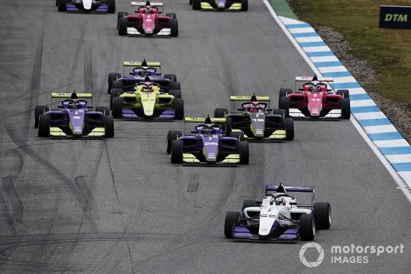 W Series secures eight F1 support slots for 2021