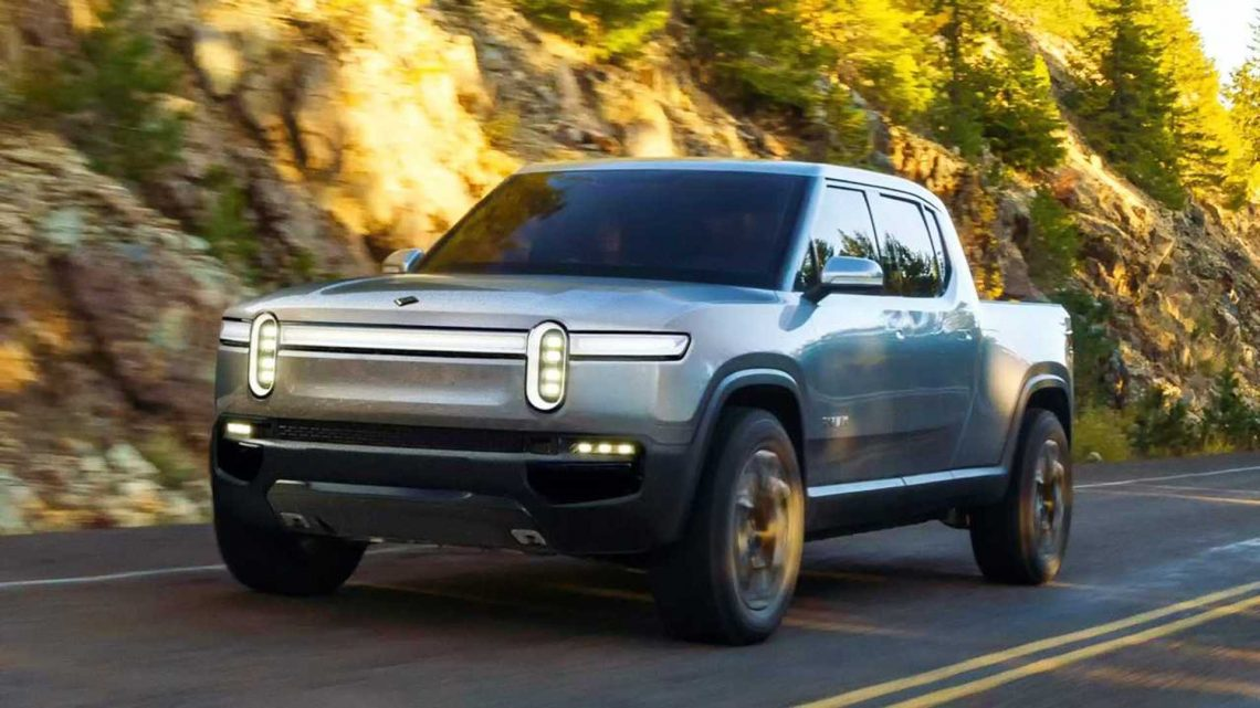 Looks Like Rivian R1T Electric Truck Is Way More Popular Than The R1S SUV