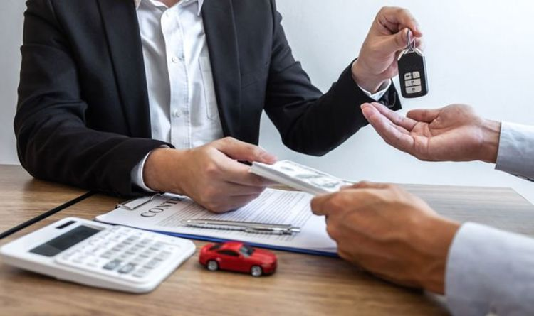 Car insurance experts disclose 'best way' drivers can save on policies in the New Year
