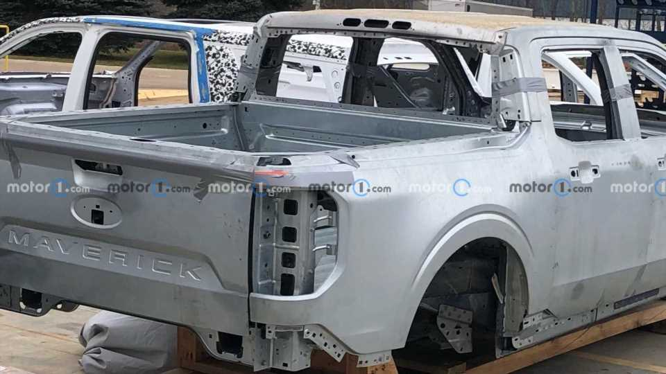 2022 Ford Maverick Caught In The Bare Metal, Revealing Its Design