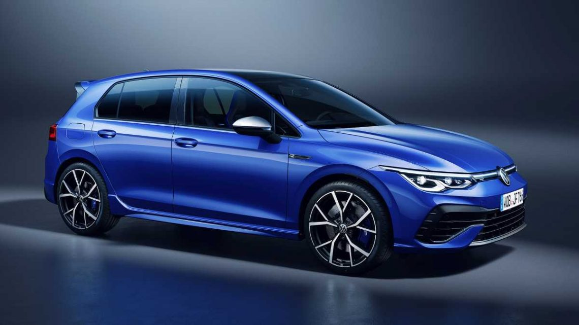 New 316bhp Volkswagen Golf R on sale from £39,270