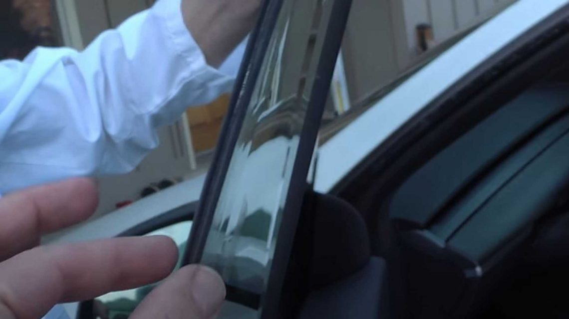 Tesla's New Laminated Glass: What Happens When You Put It To The Test?