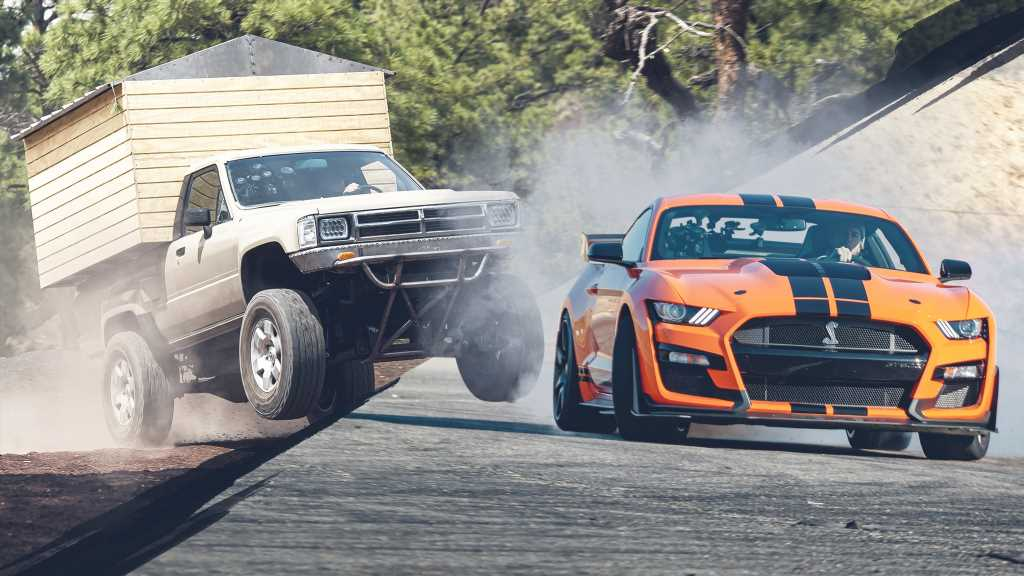 Top Gear America Series Premiere Mashes Up Supercars and Overlanding