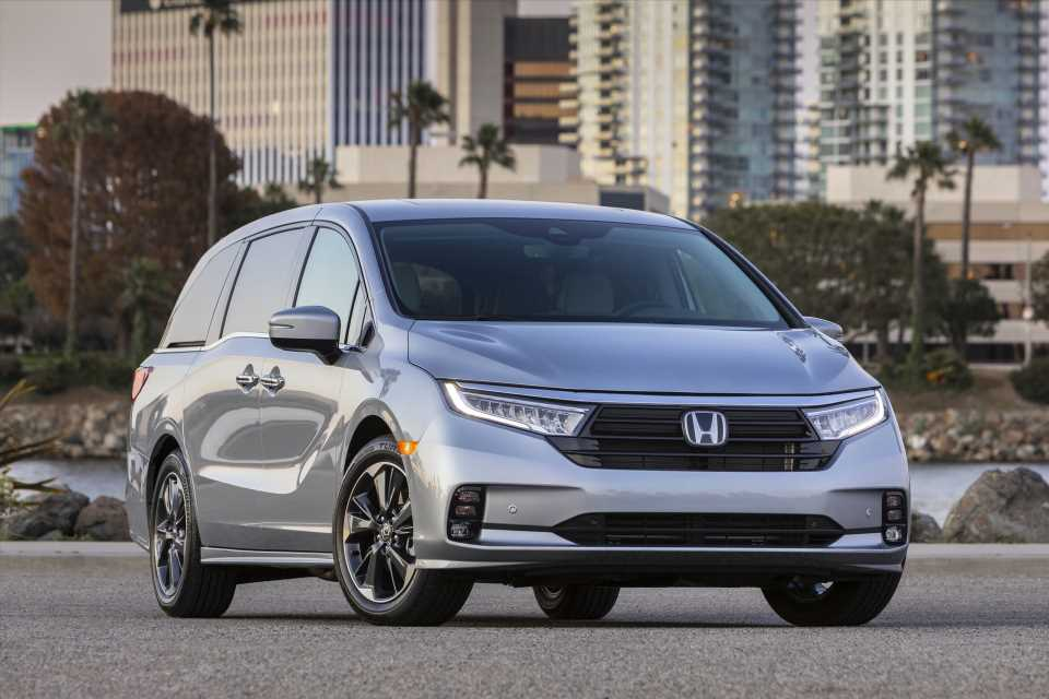 2022 Honda Odyssey arrives, 2021 Acura TLX revisited, EVs attract interest: What's New @ The Car Connection
