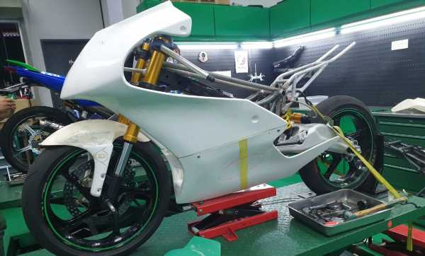TKKR Racing's Moto 3 Y15ZR prototype takes shape – paultan.org