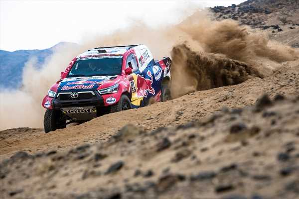 Dakar 2021: Toyota welcomes introduction of speed limit