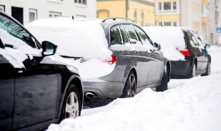 Drivers could be 'breaking the law' by leaving snow blocking a car number plate