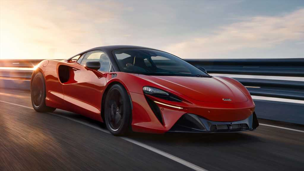 2022 McLaren Artura First Look Review: Stretching the Supercar Envelope