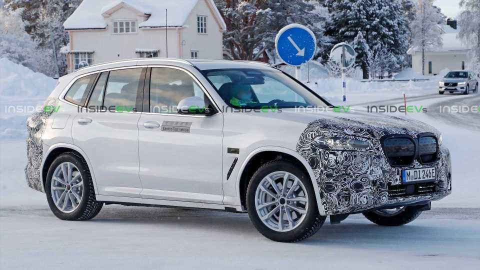 Facelifted BMW iX3 Spotted This Time Wearing M Sport Kit