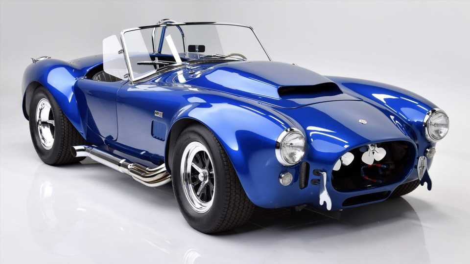 Carroll Shelby's Own 1966 Shelby Cobra Super Snake Could Fetch $8M at Auction